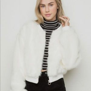 Brandy Melville Fiona crop faux fur jacket